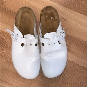 Naot white leather mules size 10 wide